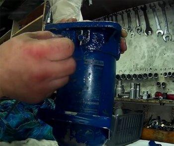 Вытеснение воздуха через перепускной клапан