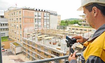 Поверка дальномеров необходима для официальных организаций с крупными строительными проектами